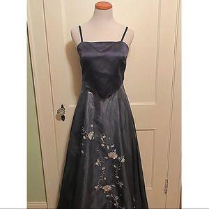 {Scene} Gown, 8